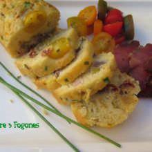 Cakes con Tomates y Tasajo