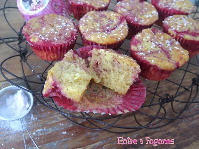 Receta Muffins Marmolados de Manzana y Fresas