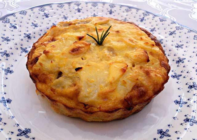 Tarta de Tortilla de Patatas Rellena