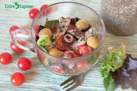 Ensalada de Tomate con Boquerones en Vinagre