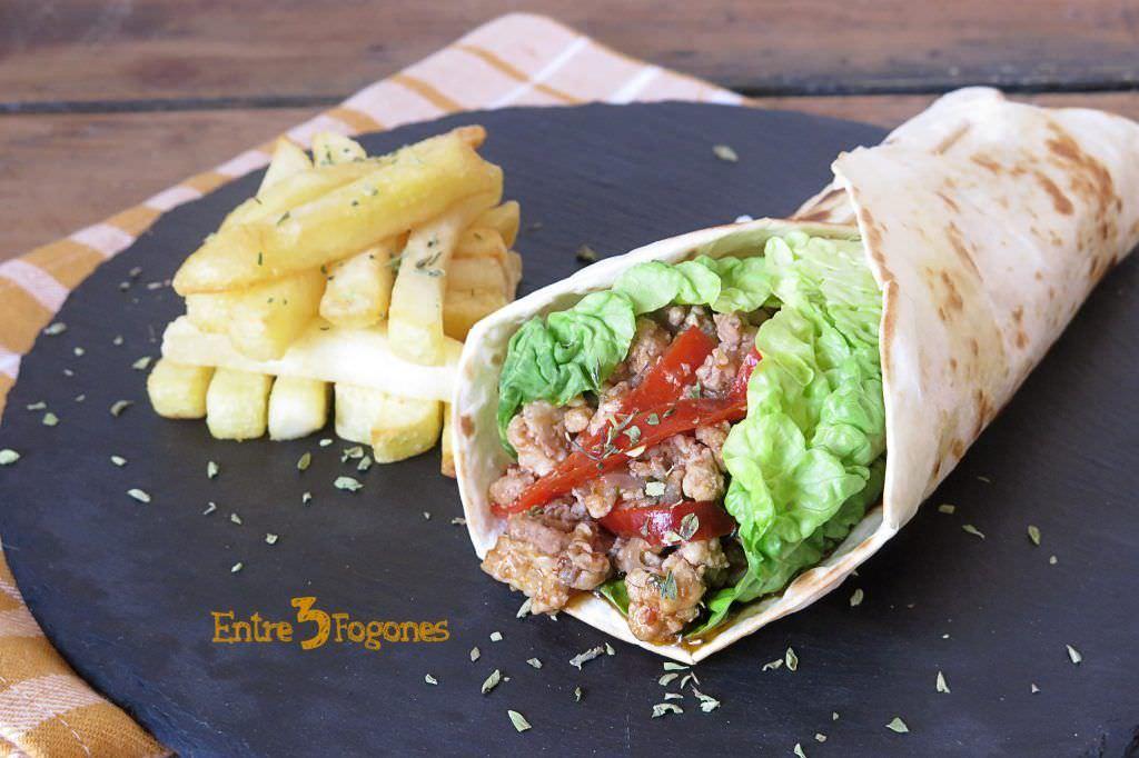 Wraps de Pollo a la Boloñesa con Vegetales