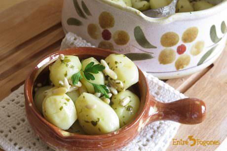 Receta Guarnición de Patatas con Piñones