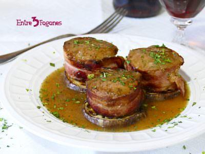 Tournedo de Solomillo Ibérico en Salsa de Cebolla con Berenjena