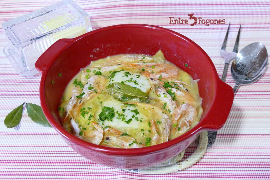 Cazuela de Receta Bacalao con Cebolla y Manzana