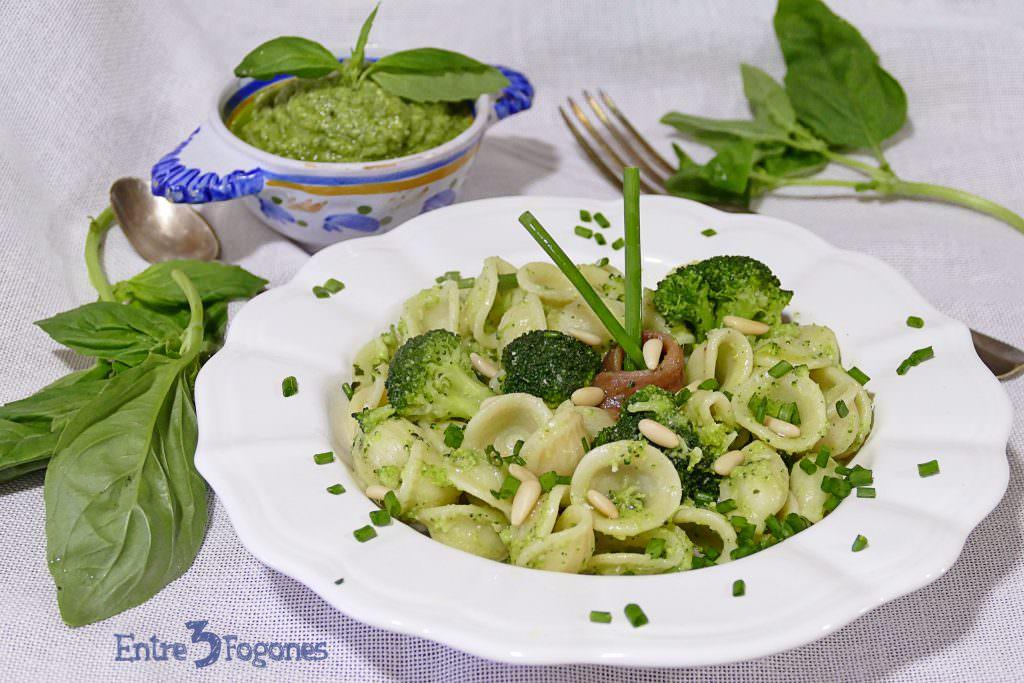 Receta Orecchiette con Pesto de Brócoli y Anchoas