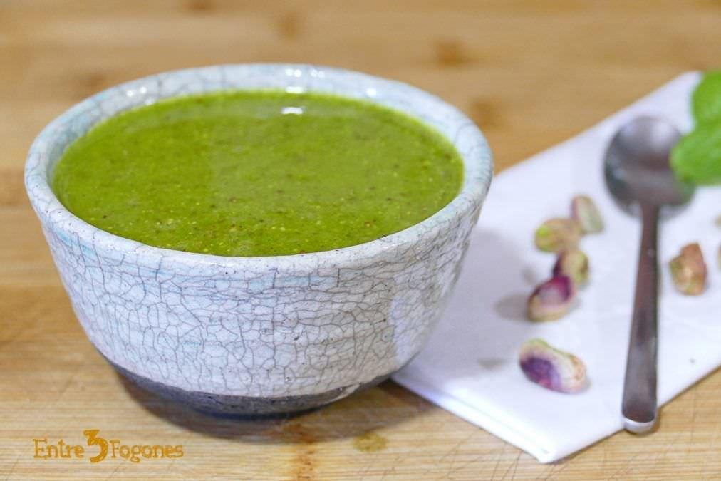 Receta de Pesto con Albahaca y Pistachos