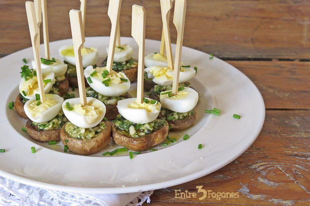 Receta Champiñones al Ajillo con Huevo de Codorniz