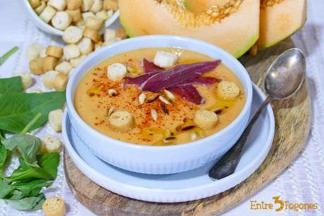 Sopa de Melón con Jamón de Pato