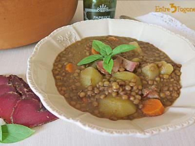 Potaje de Lentejas con Verduras y Tasajo