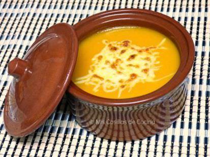 Crema de Calabaza y Zanahoria Gratinada