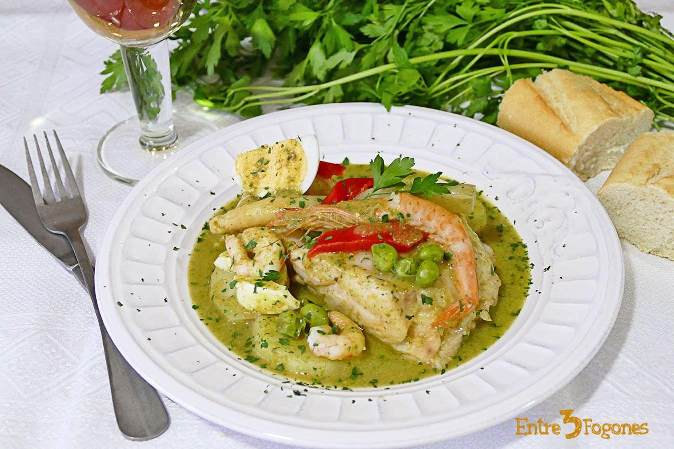 Merluza en Salsa Verde con Gambas