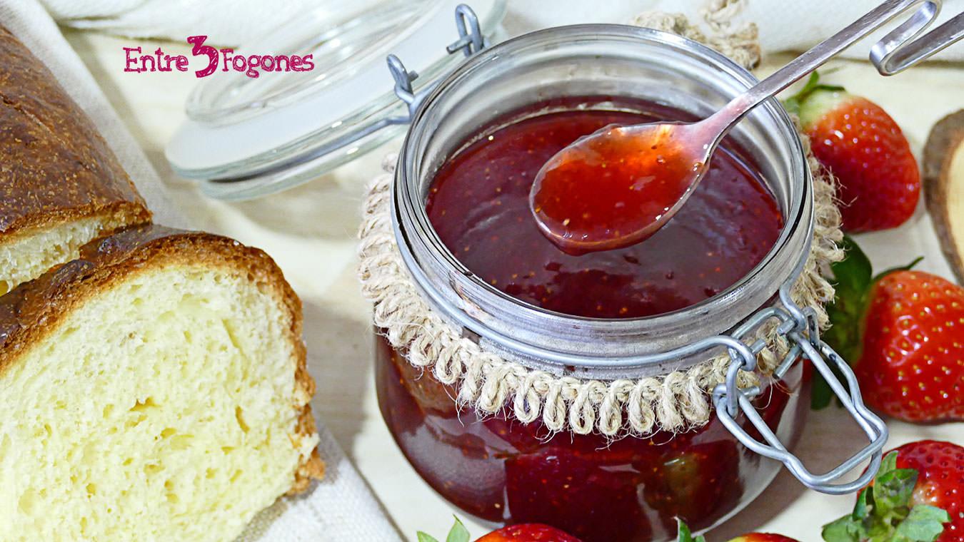 Mermelada de Fresa con Azúcar Gelificante