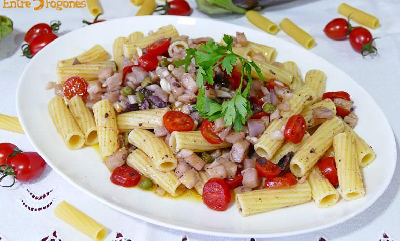 Ensalada de Pasta Fría con Berenjena y Tomate