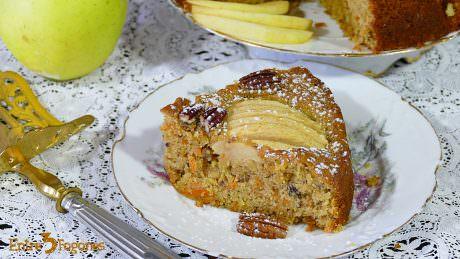 Bizcocho de Zanahoria y Manzana con Canela y Nueces de Pecán
