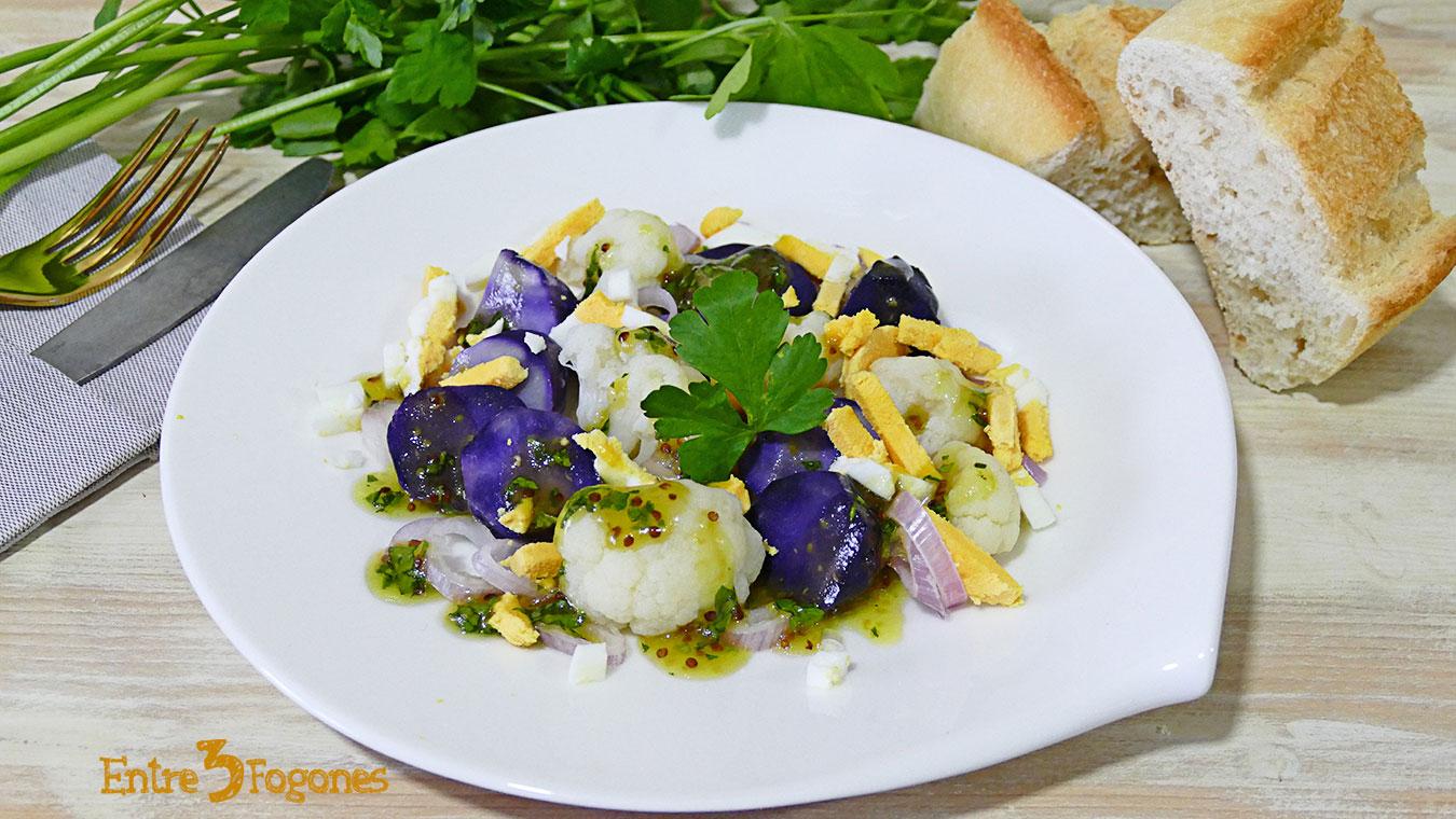 Ensalada de Patatas Violetas y Coliflor