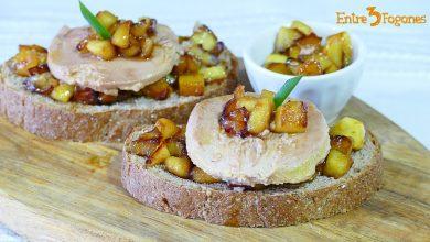 Tosta de Foie con Manzana a la Miel