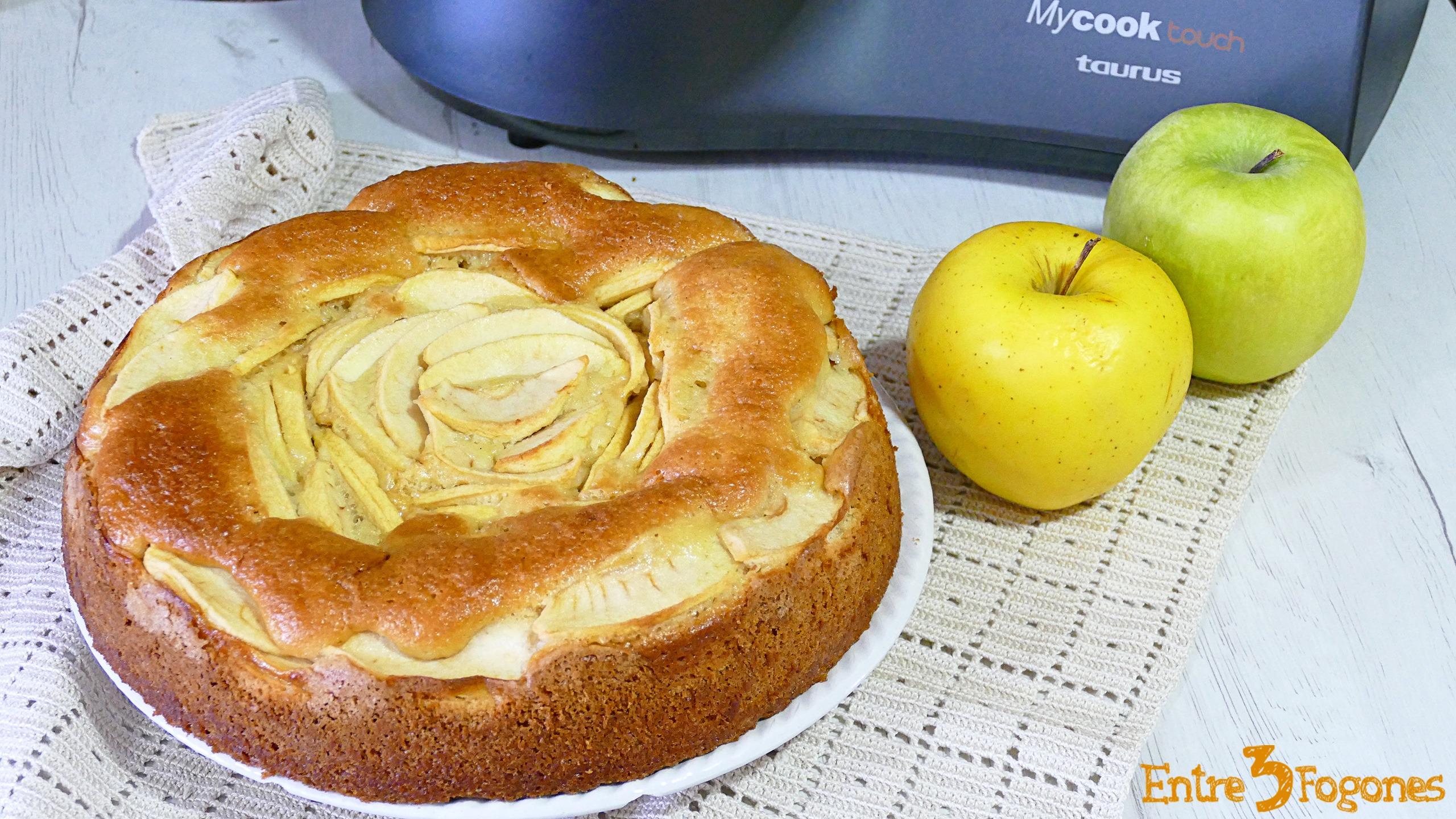 Bizcocho de Yogur y Manzana con Mycook