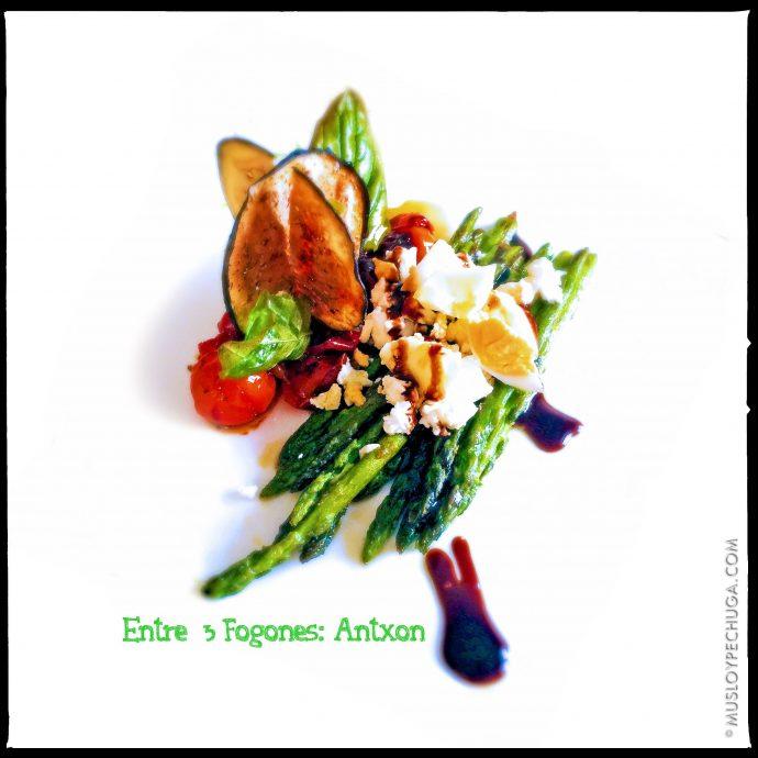 Ensalada de verduras con feta