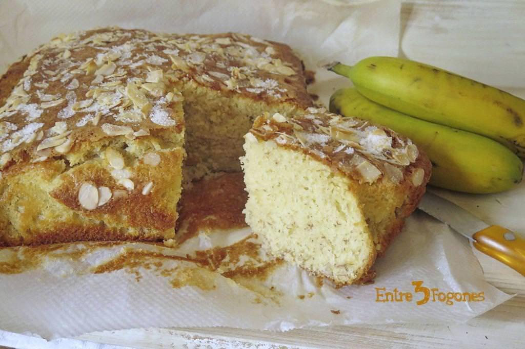 Bizcocho de Plátano y Almendras