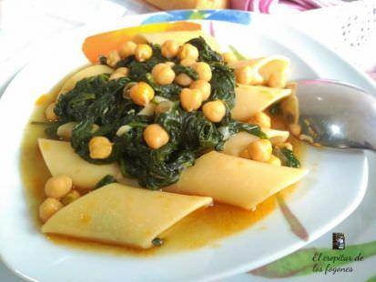 Potaje de Pennoni con Espinacas y Garbanzos