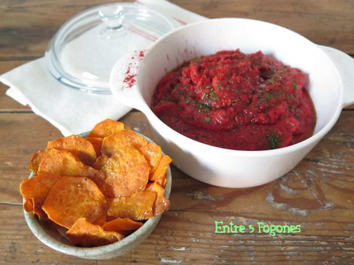 Photo of Hummus de Batata y Remolacha con Chips de Batata