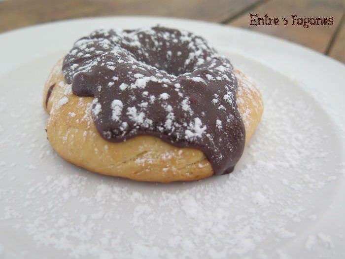 Photo of Donuts Rústicos al Horno con Cobertura de Chocolate con Leche