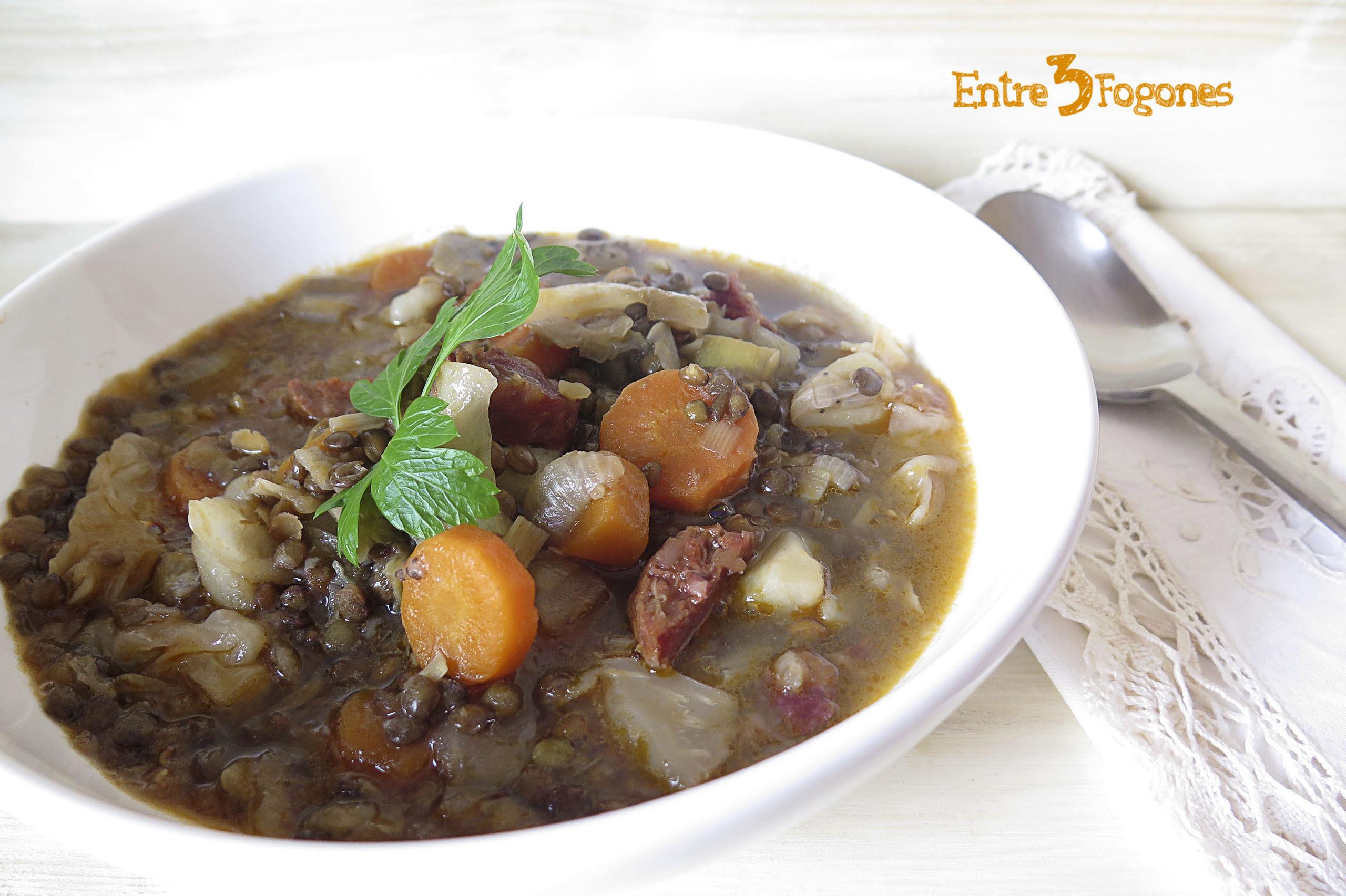 Lentejas Estofadas con Verduras y Chorizo Ibérico