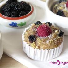 Muffins Veganos de Plátano con Quinoa, Moras y Frambuesas