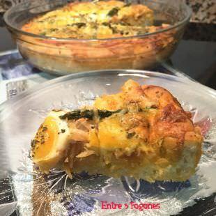 Pizza de Salmón con Espárragos y Huevo