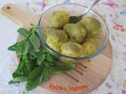 Ensalada de Patatas con Aliño de Anchoas