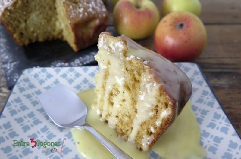 Receta Cake Manzana y Toffee con Crema Inglesa