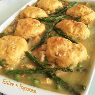 Cazuela de Verdura y Pollo con Dumplings