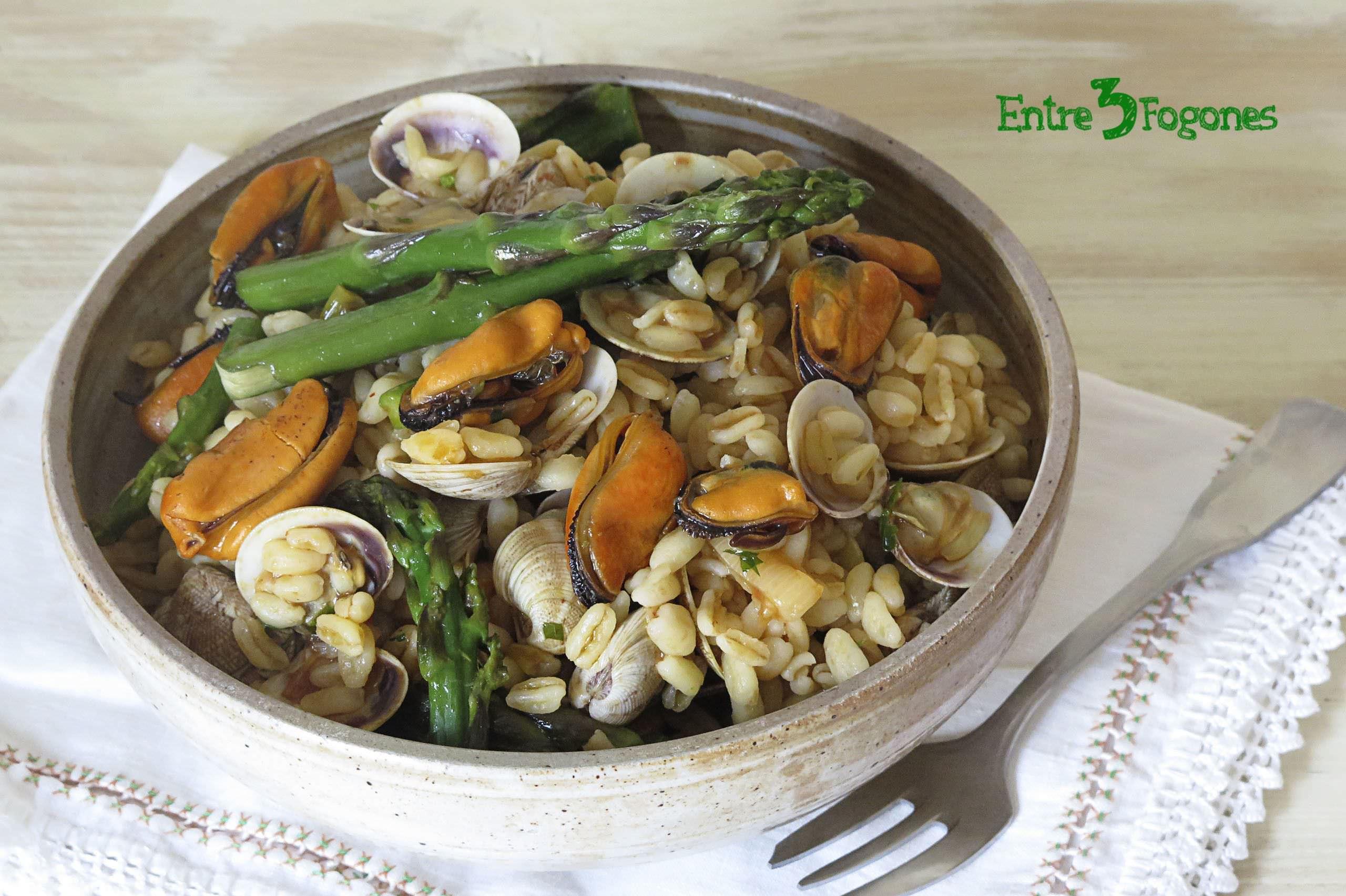 Receta Ensalada de Trigo con Espárragos Verdes y Frutos del Mar