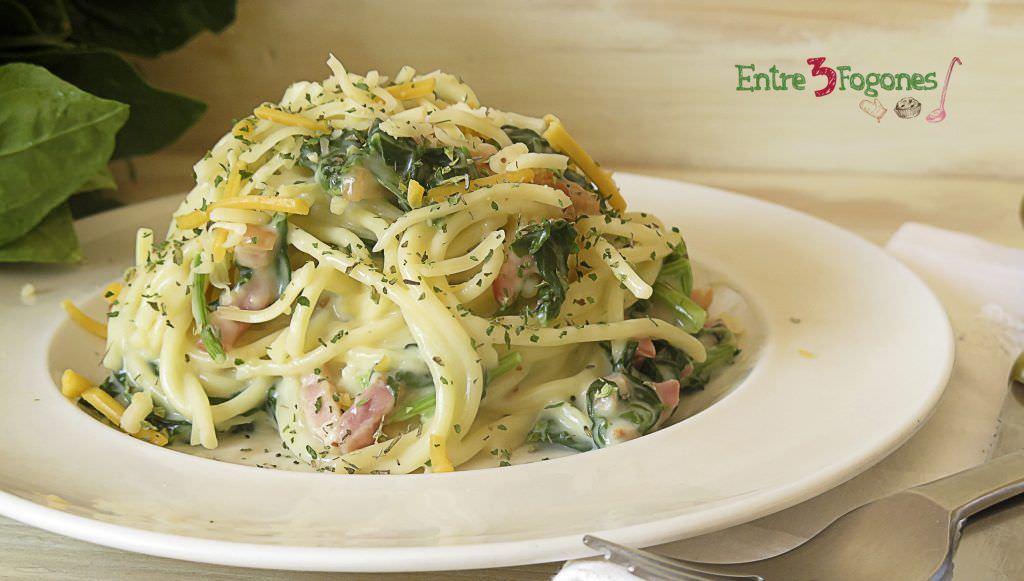 Receta Espaguetis con Espinacas, Bechamel Casera y Bacon