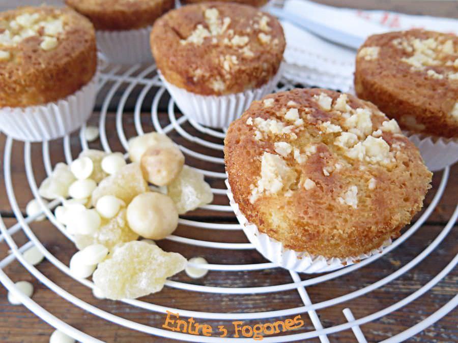 Receta Muffins de chocolate blanco con pera deshidratada y nuez de macadamia
