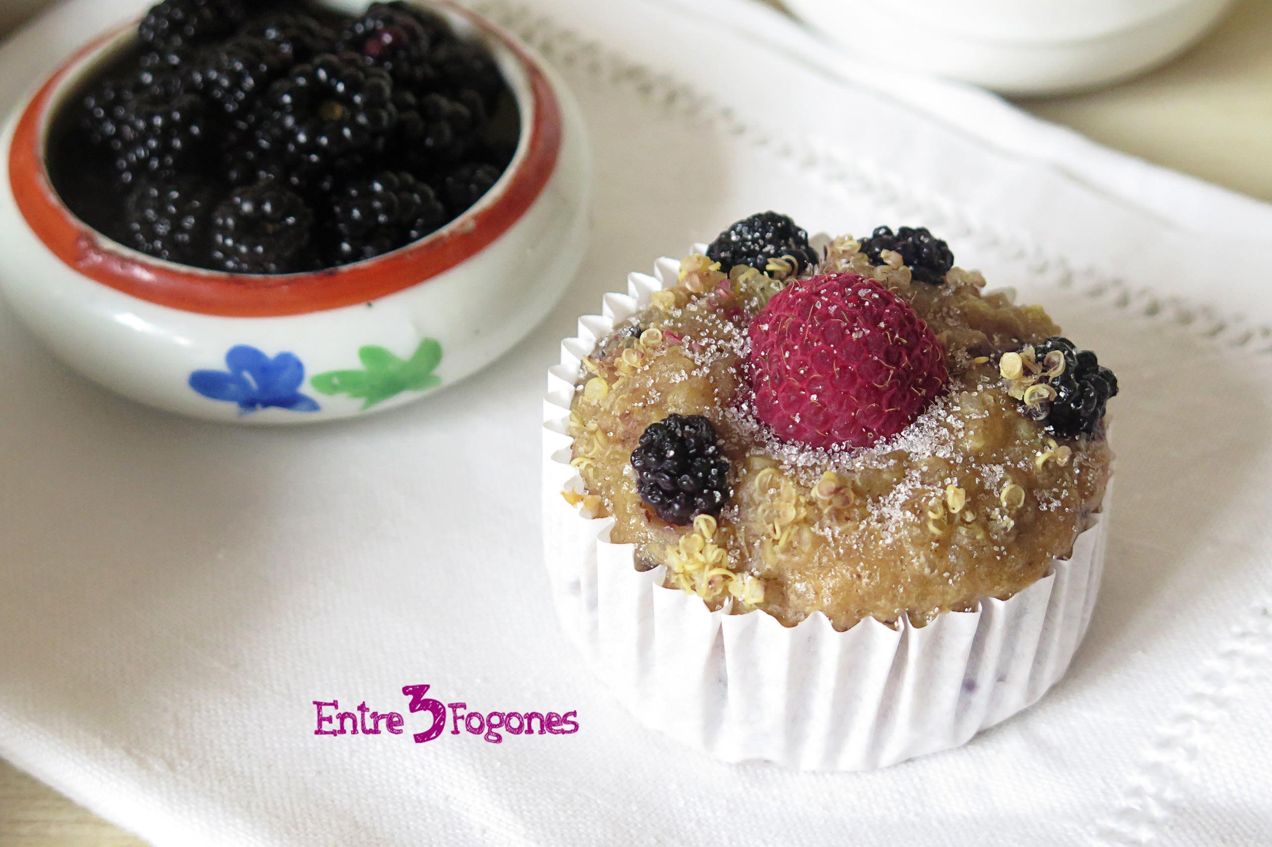Receta Muffins Veganos de Plátano con Quinoa, Moras y Frambuesas