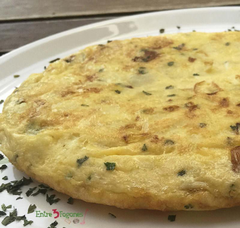 Receta Tortilla de Patatas con Puerros al Cilantro
