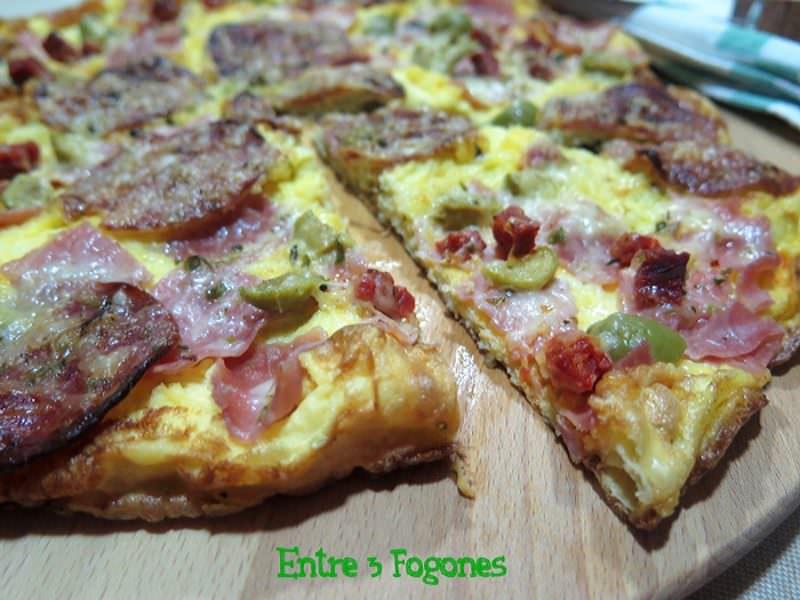 Receta Pizza de Tortilla Francesa con Embutido y Queso al Orégano