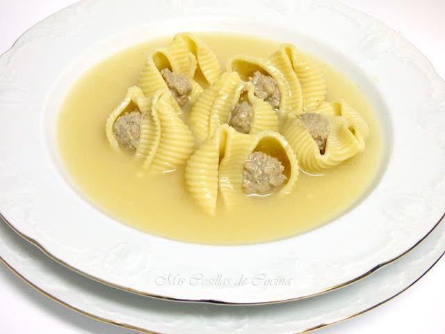 Sopa de Galets Rellenos